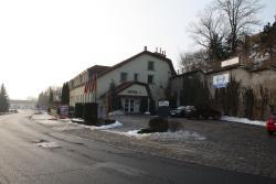 Hotel Bouček, Čelákovická 11, 25087, Mochov