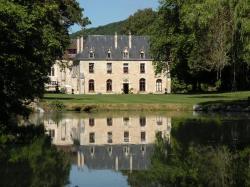 Abbaye de la Bussière, Route Départementale 33, 21360, La Bussière-sur-Ouche