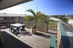 The Friendly Hostel, 182 Torquay Road, Scarness, 4655, Hervey Bay