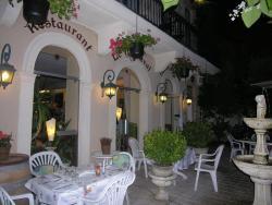 Appart'Hôtel Les Tilleuls, 16 Allée des Tilleuls, 33490, Saint-Macaire
