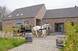 B&B Krekershof, Krekershofweg 24, 3680, Maaseik