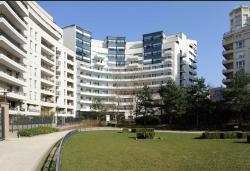 Residhome Courbevoie La defense, 49, Avenue De L'Arche, 92400, Courbevoie