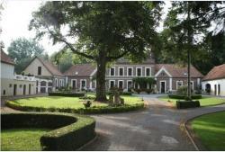 Le Manoir de la Haute Chambre, 124 Route d'Hucqueliers, 62170, Beussent