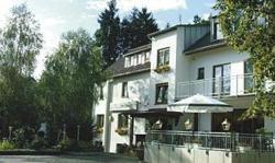 Waldpension zum Felsenkeller, Am Felsenkeller 9, 35104, Lichtenfels-Sachsenberg