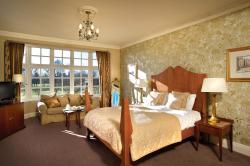 Grovefield House Hotel, Taplow Common Rd, SL1 8LP, Burnham