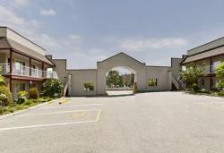 Canada's Best Value Princeton Inn & Suites, 169 No. 3 Highway, V0X 1W0, Princeton
