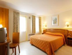 Hotel du Lac, 2 rue du Pont Neuf, 91160, Saulx-les-Chartreux