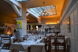 Hotel Corbillon, Rue Saint Jean-Baptiste 9 , 6838, コービオン