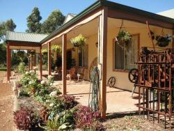 Enderslie House Bed & Breakfast, 15 Peters Road, 6501, Muchea