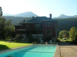 Sasquatch Crossing Eco Lodge B&B, 15500 Morris Valley Rd, V0M1A1, Harrison Mills