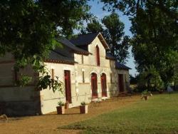 Chambres d'Hôtes Le Chalet, Le Chalet, 49140, Sermaise