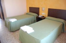 Hotel Balfagón, Avda. Autonomia Aragonesa, 58, 44570, Calanda