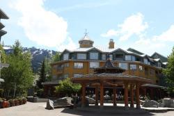 Town Plaza Suites by ResortQuest Whistler, 4314 Main Street, V0N 1B4, Whistler