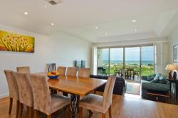 Adelaide Beaches Holiday Villas, 17 Seaview Road, West Beach, 5024, Adelaide