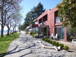 Driftwood Inn, 5454 Trail Avenue, V0N 3A0, Sechelt