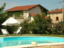 Chambres d'hôtes- Le Pré aux Ânes, Route des Barris, 26140, Albon