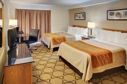 Comfort Inn Cambridge, 220 Holiday Inn Drive, N3C 1Z4, Cambridge