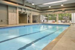 Ramada Hotel & Conference Centre Cornwall, 805 Brookdale Avenue, K6J 4P3, Cornwall