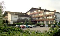 Hotel am See, Seestrasse 1 - 3, 93426, Neubäu