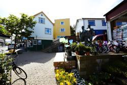 Bládýpi Guesthouse, Dr. Jakobsensgøta 14-16, 100, Торсхавн