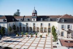 Gîte touristique du Couvent, 1 Place Carnot, 10200, Bar-sur-Aube