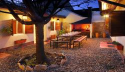 Hostel Los Troncos, Av. San Martin 571, 8400, サンカルロスデバリローチェ