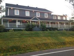 Auberge Agnes Horth Inn & Restaurant, 435 Maple Street , J0E 2K0, Sutton