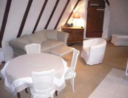 Le Gîte du Vieux Tours - 4 appartements de standing, 4 bis, rue de la Rôtisserie, 37000, Tours