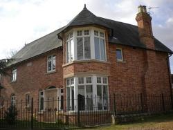 Whittlesford Bed and Breakfast, Wellford House, Old School Lane, Whittlesford, CB22 4YS, Duxford