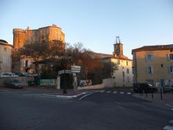 Maison du Comte, Route de Bollene, 26790, Suze-la-Rousse