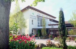 Garten Hotel Hirschenhof, Marktstraße 2, 92331, Parsberg