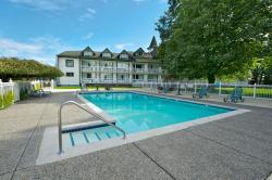 Delta Town and Country Inn, 6005 Hwy 17A, V4K 5B8, Delta