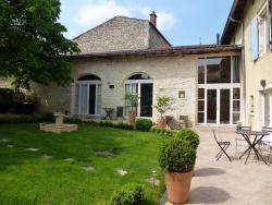 Chambre d'Hôtes Les Tilleuls, 31 route de Lachassagne, 69480, Lucenay