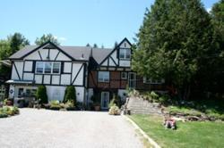 Burley's Executive Garden Suite, 2604 Television Rd., K9L 0E1, Peterborough