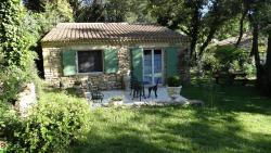 Le Mazet, 39 avenue du Pont du Gard, 30210, Remoulins