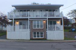 Dolan's Gold House, 144 Water Street, B0K 1H0, Pictou