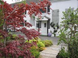 Cwmbach Guest House, Cwmbach Rd Neath, SA10 8AH, Neath