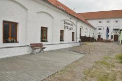 Pivovarsky Penzion Chyně, Hlavni 628, 25301, Chýně
