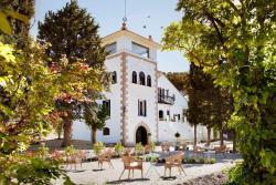 Box Art Hotel - La Torre, Paseo de Rosales, 48, 28450, Collado Mediano