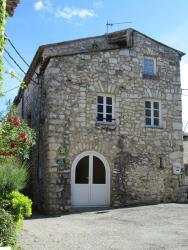 Gîte Les Remparts, Impasse des remparts, 26700, La Garde-Adhémar