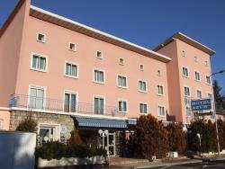 Hôtel Azur, La Freissinouse, 05000, La Freissinouse