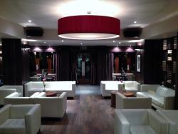 Smiths Hotel, David Donnelly Place, Kirkintilloch, G66 1DD, Kirkintilloch
