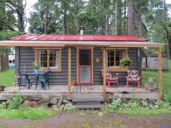 Raylia Cottage, 521 Montrose Road, V0N 2J2, Mayne Island