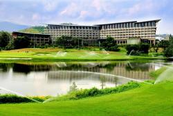 Shenzhen Castle Golf Resort, Baohe Road (Baohe Lu), 518000, Longgang