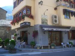 Hostal Montaña, Plaza Mayor, 7, 25574, Alins