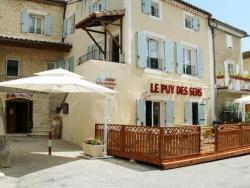 Logis Le Puy Des Sirènes, Rue de L'ancien four - Le village, 26160, Puygiron