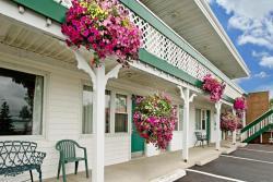 MacPuffin Inn - Canada's Best Value Inn, 373 Highway 4, B9A 1M8, Port Hawkesbury