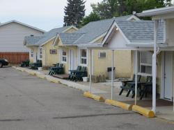 Fort Motel, 451 Colonel Macleod Boulevard (24th St), T0L 0Z0, Fort Macleod