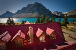 Num-Ti-Jah Lodge, Highway 93 North, Icefields Parkway, T0L 1E0, Lake Louise