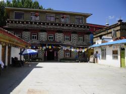 Daocheng Drolma's Guest House, No.50 Dexi Street, Daocheng, 627750, Daocheng